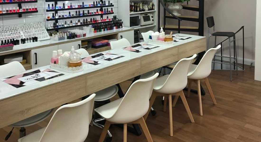 Ανακαίνιση καταστήματος Nails Boutique
